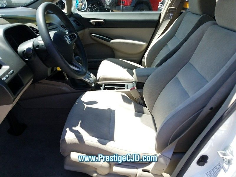 2010 Honda Civic Sedan LX - 16730581 - 7