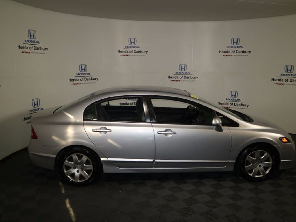 2010 Honda Civic Sedan LX - 16818722 - 4