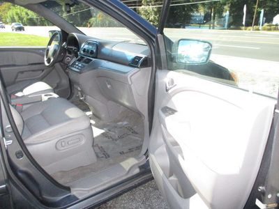 2010 Honda Odyssey 5dr EX-L - Click to see full-size photo viewer
