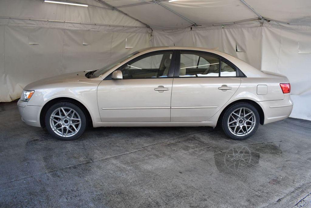 2010 Hyundai Sonata GLS - 17974420 - 4