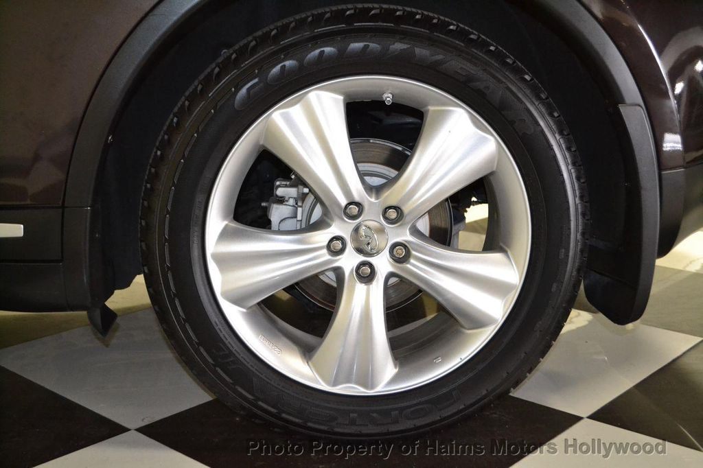 Infiniti fx35 tire size