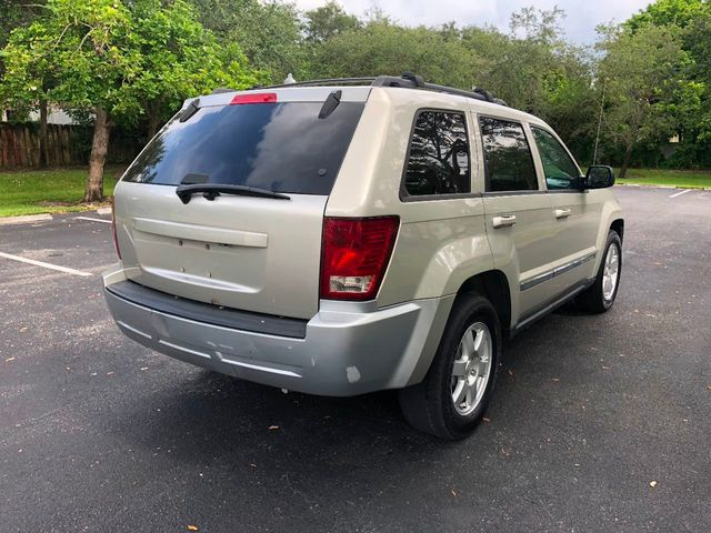 2010 Jeep Grand Cherokee RWD 4dr Laredo - Click to see full-size photo viewer
