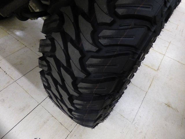 2010 Jeep Wrangler 35 inch tires  - Click to see full-size photo viewer