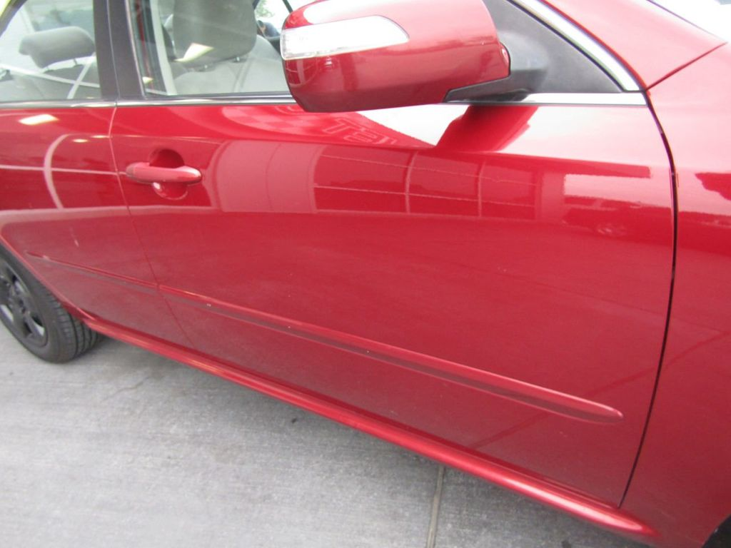 2010 Kia Optima LX - 17990042 - 29