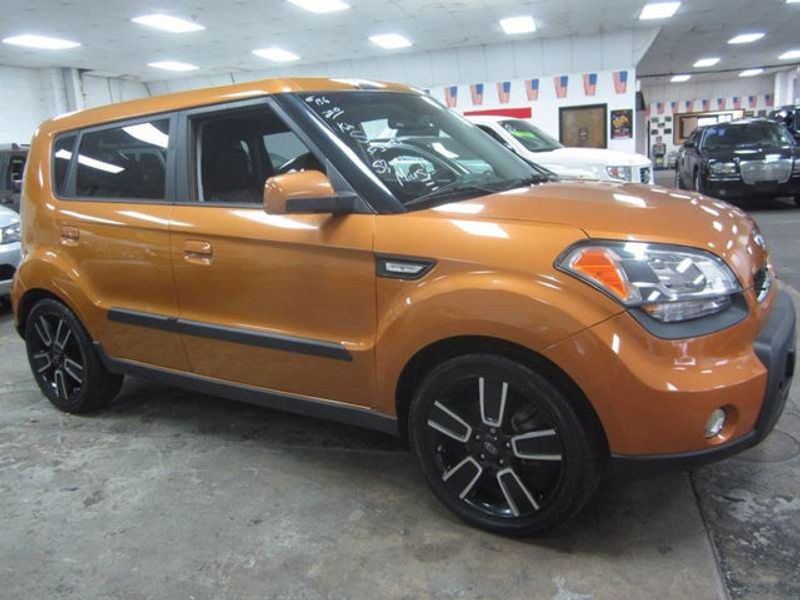 2010 used kia soul premium only 57k at contact us serving cherry hill nj iid 17010167. Black Bedroom Furniture Sets. Home Design Ideas