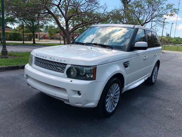 https://photos.motorcar.com/used-2010-land_rover-range_rover_sport-4wd4drhse-11856-17527566-1-640.jpg