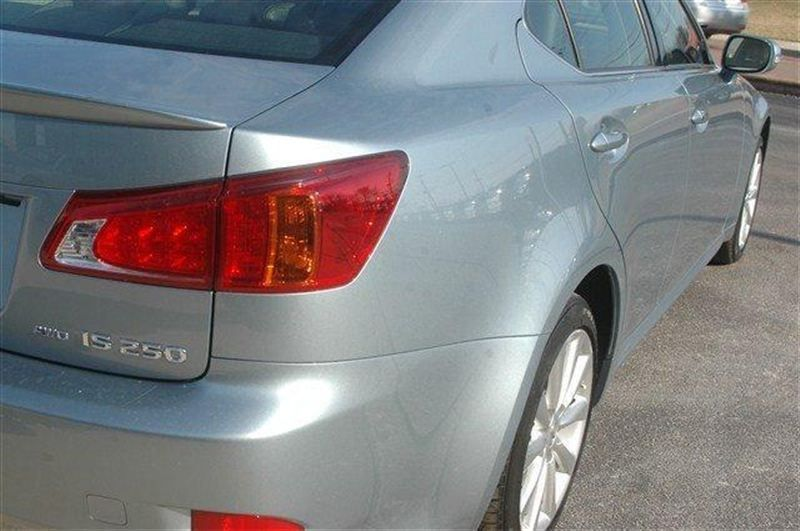 2010 Lexus IS 250 Base Trim - 8200148 - 8