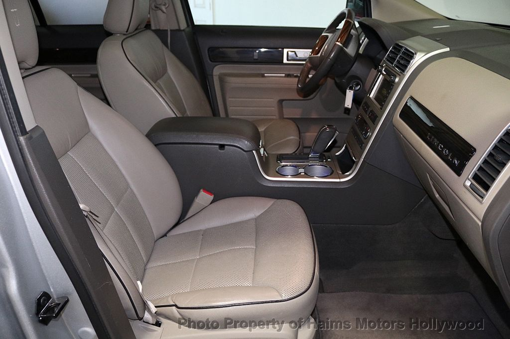 2010 Lincoln MKX FWD 4dr - 18684328 - 14