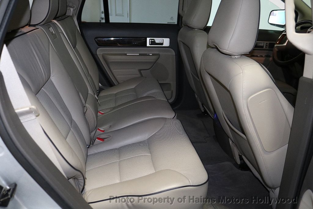 2010 Lincoln MKX FWD 4dr - 18684328 - 15