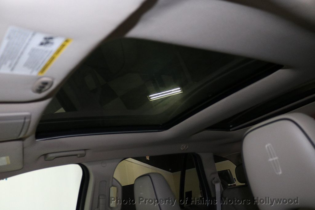 2010 Lincoln MKX FWD 4dr - 18684328 - 19