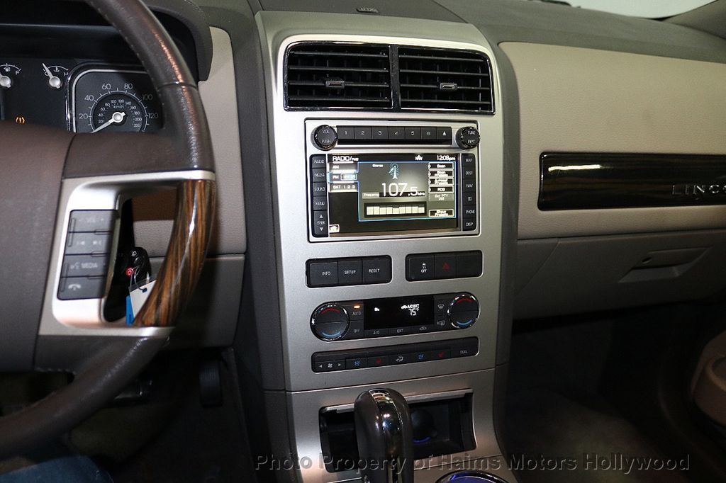 2010 Lincoln MKX FWD 4dr - 18684328 - 20