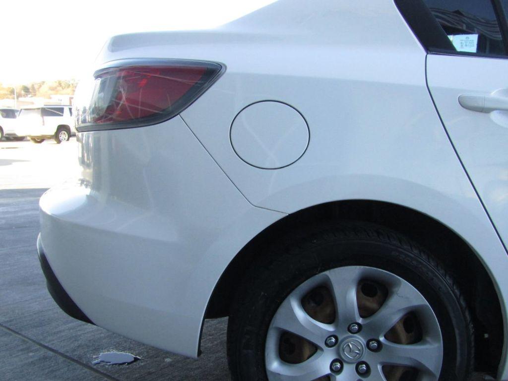 2010 Mazda Mazda3 4dr Sedan Automatic i Sport - 14267623 - 22