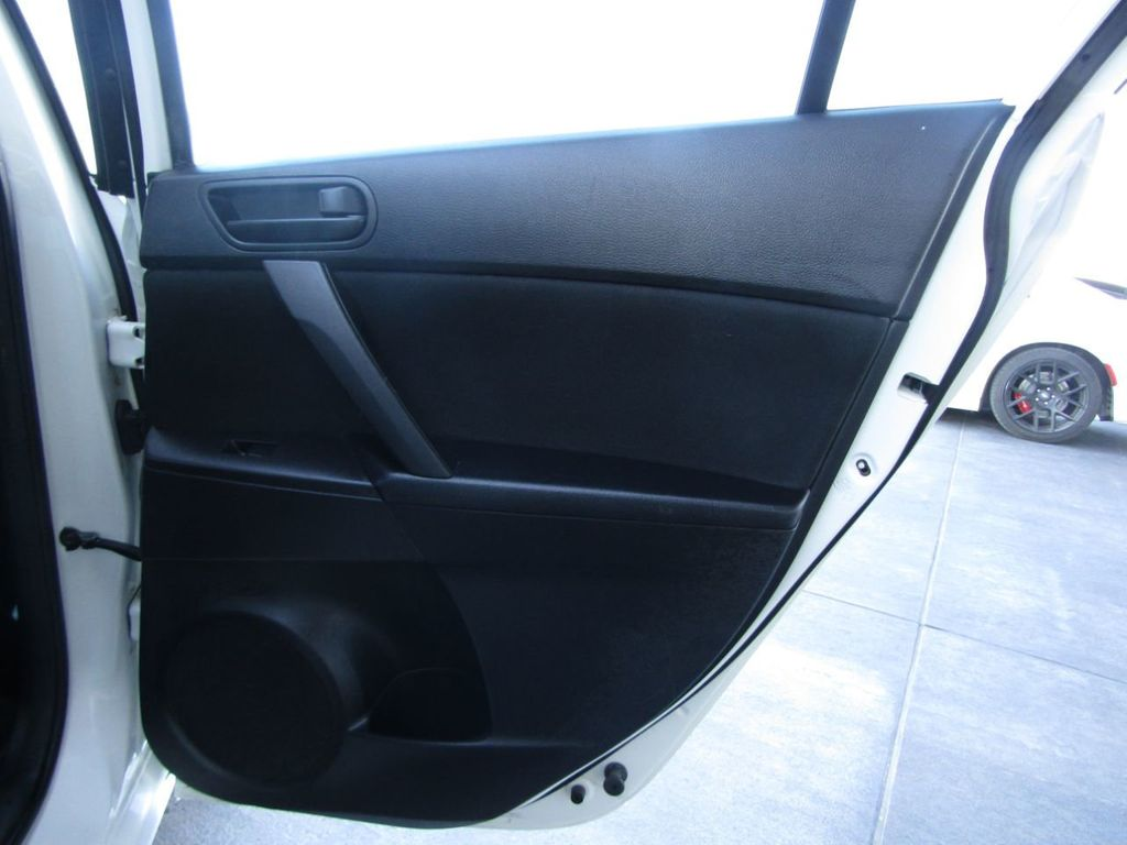 2010 Mazda Mazda3 4dr Sedan Automatic i Sport - 14267623 - 27