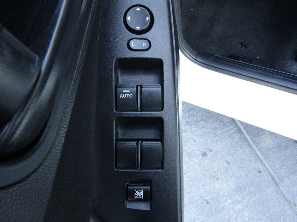 2010 Mazda Mazda3 4dr Sedan Automatic i Sport - 14267623 - 30