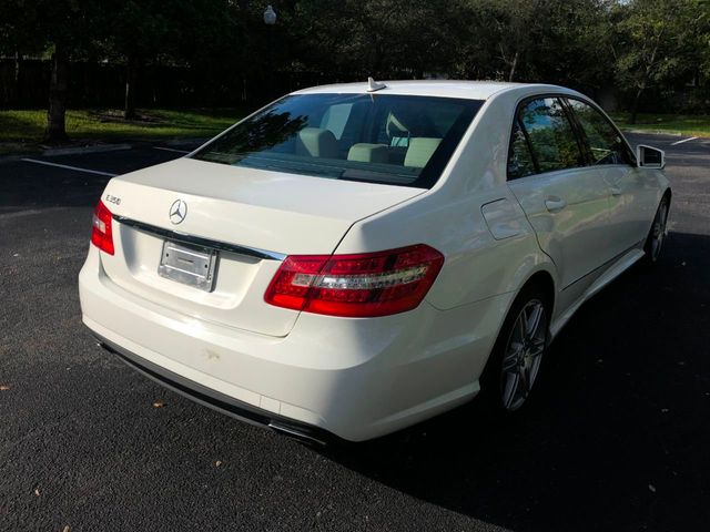2010 Mercedes-Benz E-Class  - Click to see full-size photo viewer