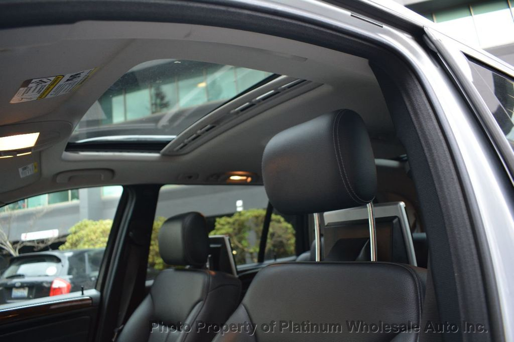 2010 Mercedes-Benz GL-Class COMPARE TO ANY NON NICER IN WASHINGTON LOADED WITH OPTIONS - 18395661 - 10