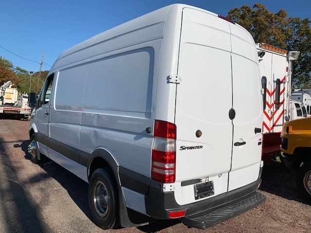 2010 Mercedes-Benz Sprinter 3500 Hi Top Roof Dual Rear Wheels Van 3500 1 Ton Cargo Van Dually - 16939626 - 3