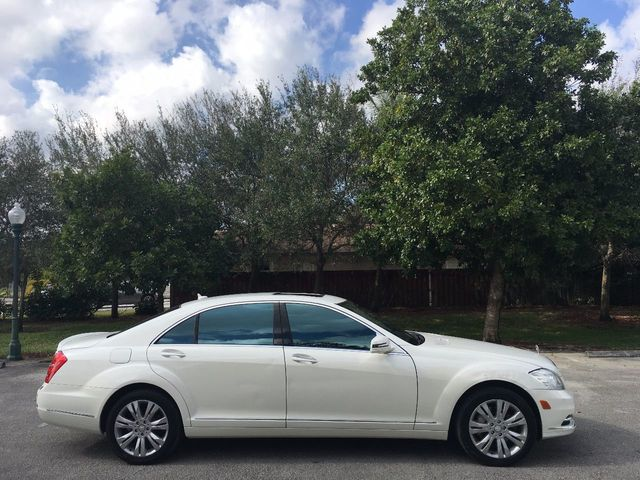 2010 Mercedes Benz S Class 4dr Sedan S400 Hybrid RWD   Click To See