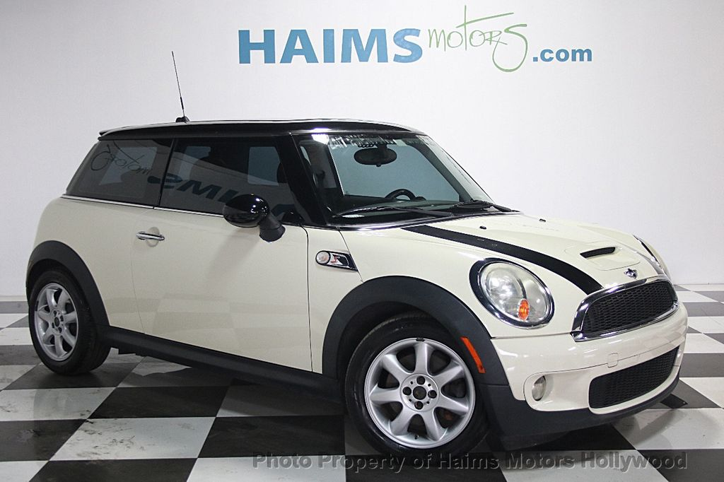 2010 used mini cooper hardtop 2dr coupe s at haims motors serving fort lauderdale hollywood. Black Bedroom Furniture Sets. Home Design Ideas
