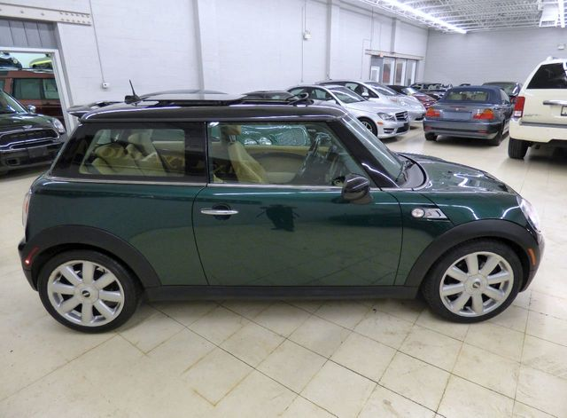 2010 MINI Cooper S Hardtop 2 Door 2dr Coupe S NEW CYLINDER HEAD VALVES GASKET UPATED TIMING CHAIN - Click to see full-size photo viewer