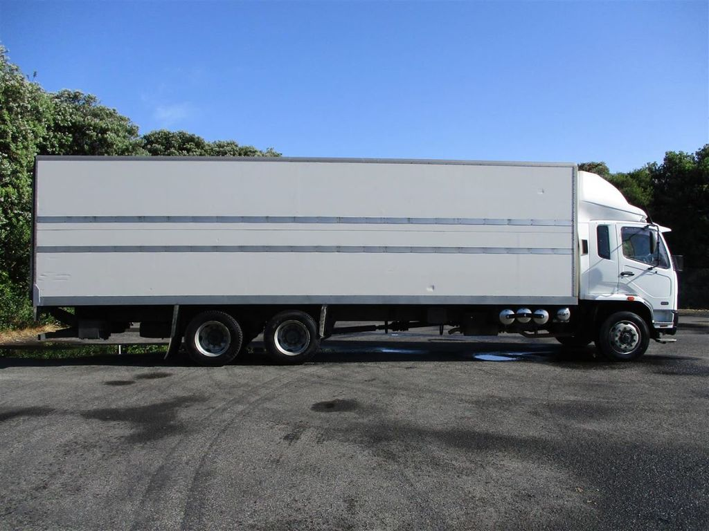 2010 Mitsubishi Fuso Fighter FU281U8 - 18373361 - 3