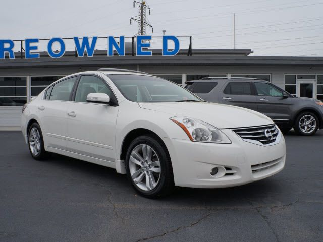 2010 Used Nissan Altima 4dr Sdn V6 CVT 3.5 SR at Parks Michael ...