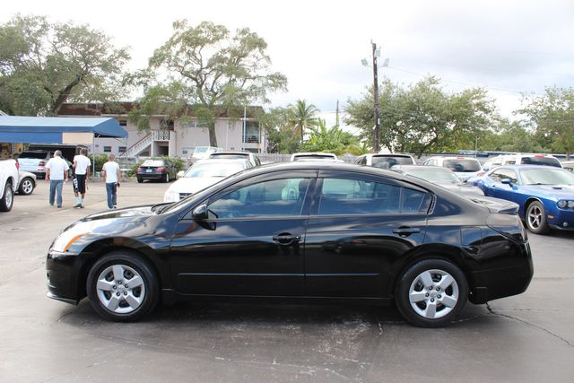 2010 Nissan Altima 4dr Sedan I4 CVT 2.5 S   Click To See Full Size