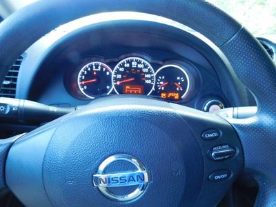 2010 Nissan Altima 4dr Sedan I4 CVT 2.5 S - Click to see full-size photo viewer