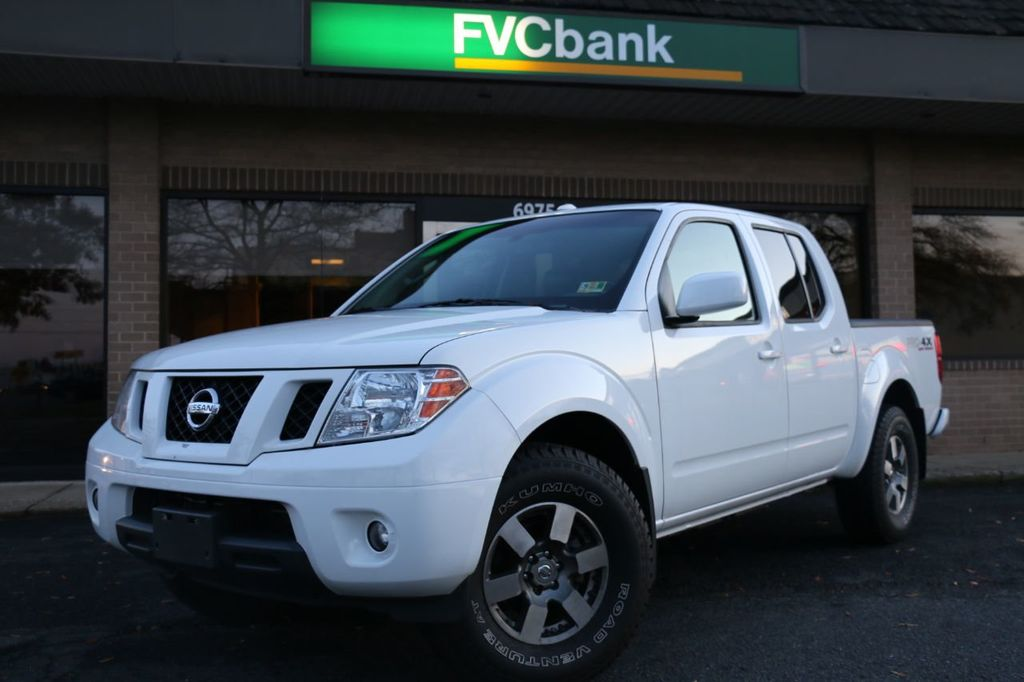 2010 Nissan Frontier 4WD Crew Cab SWB Automatic PRO-4X - 18098959 - 0