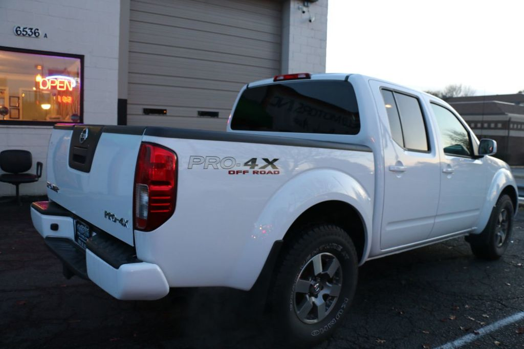 2010 Nissan Frontier 4WD Crew Cab SWB Automatic PRO-4X - 18098959 - 36