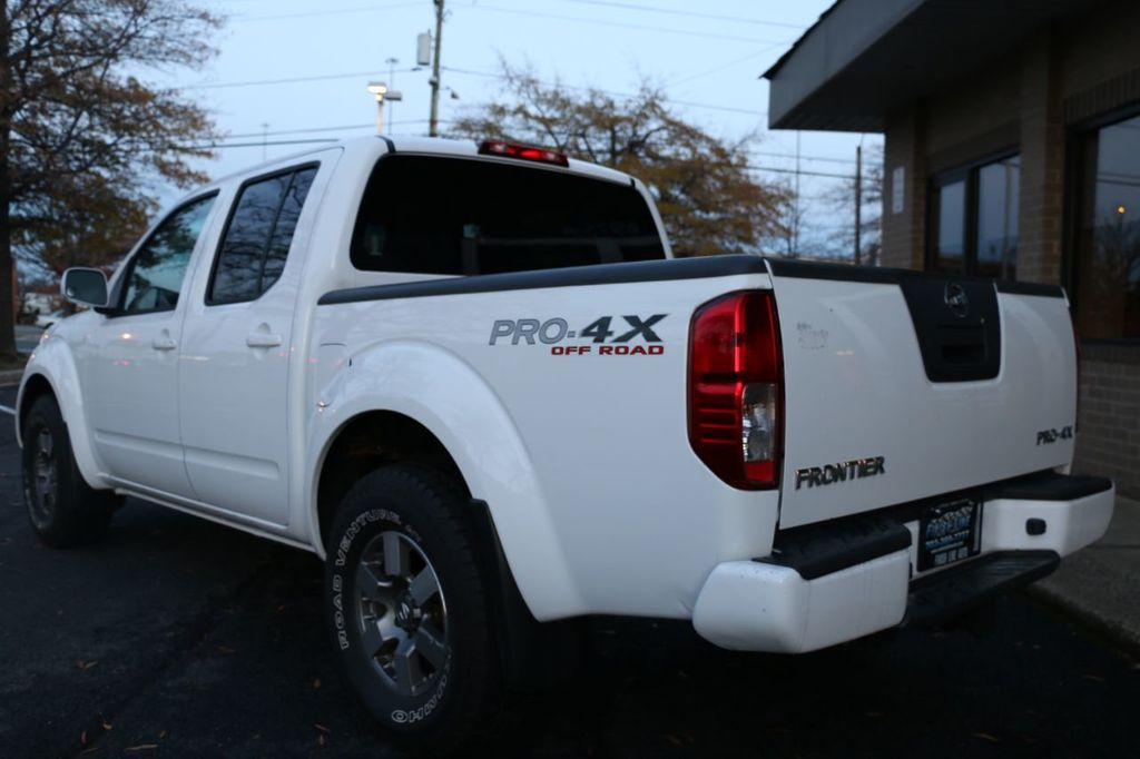 2010 Nissan Frontier 4WD Crew Cab SWB Automatic PRO-4X - 18098959 - 5