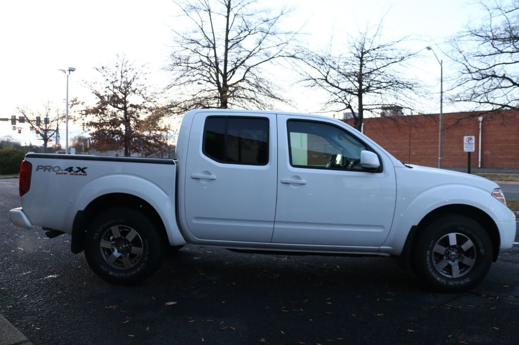 2010 Nissan Frontier 4WD Crew Cab SWB Automatic PRO-4X - 18098959 - 7