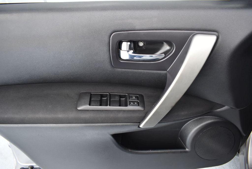2010 Nissan Rogue S - 18246529 - 9