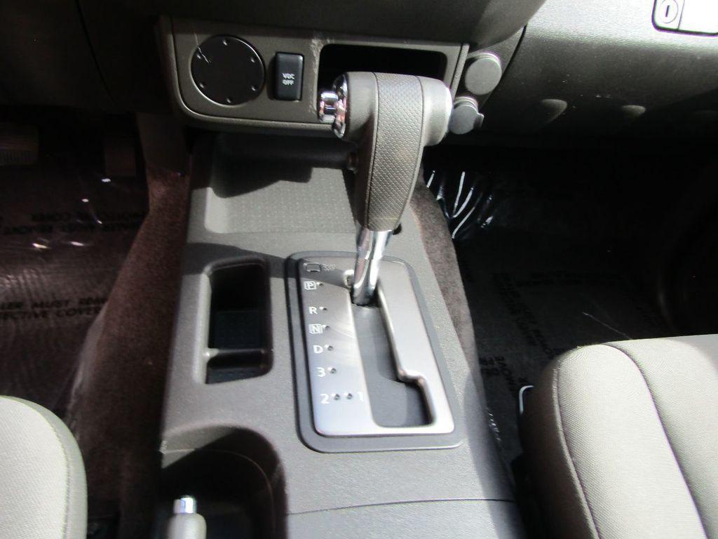 2010 Nissan Xterra 2WD 4dr Automatic SE - 16984866 - 15