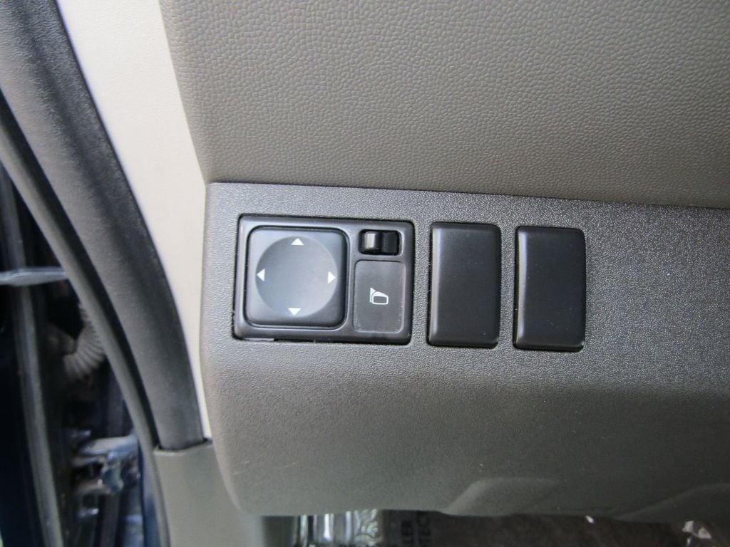 2010 Nissan Xterra 2WD 4dr Automatic SE - 16984866 - 20