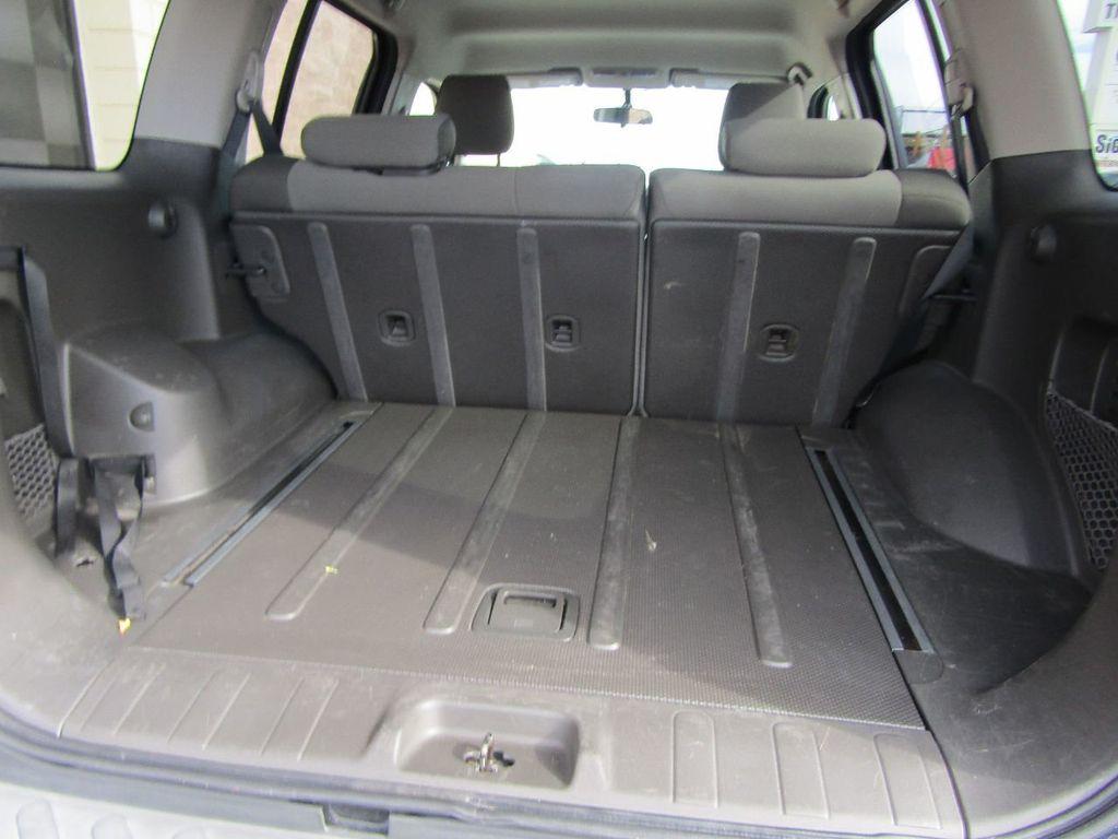 2010 Nissan Xterra 2WD 4dr Automatic SE - 16984866 - 21