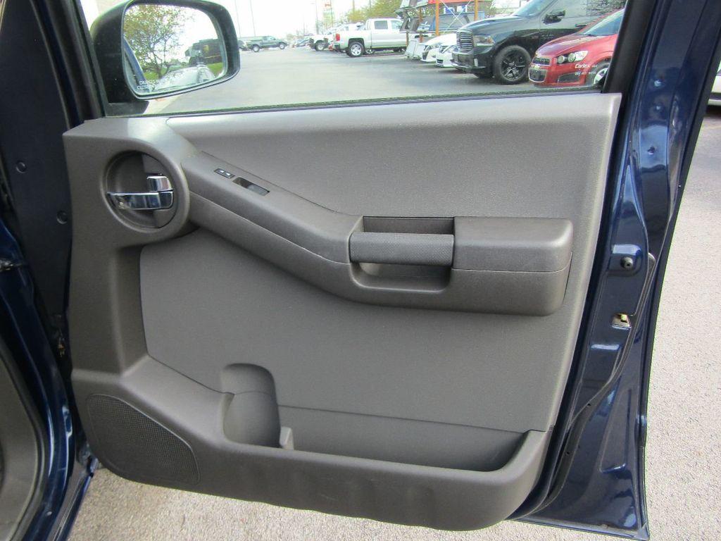 2010 Nissan Xterra 2WD 4dr Automatic SE - 16984866 - 35