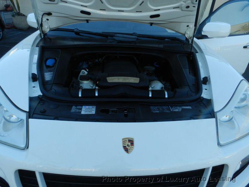 2010 Porsche Cayenne AWD 4dr GTS Tiptronic - 17451949 - 27