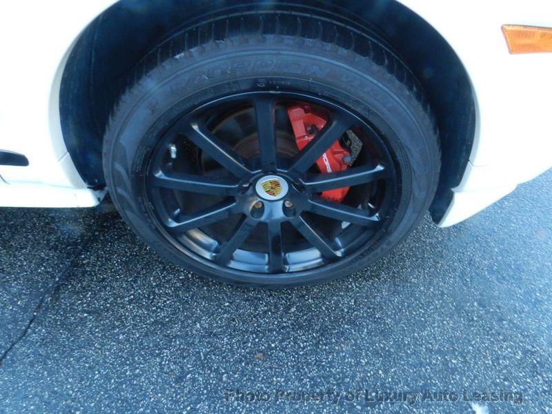 2010 Porsche Cayenne AWD 4dr GTS Tiptronic - 17451949 - 29