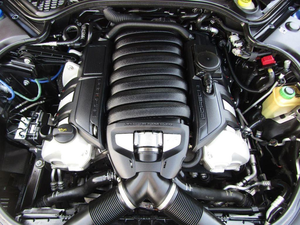 2010 Porsche Panamera 4dr Hatchback 4S - 17760091 - 38