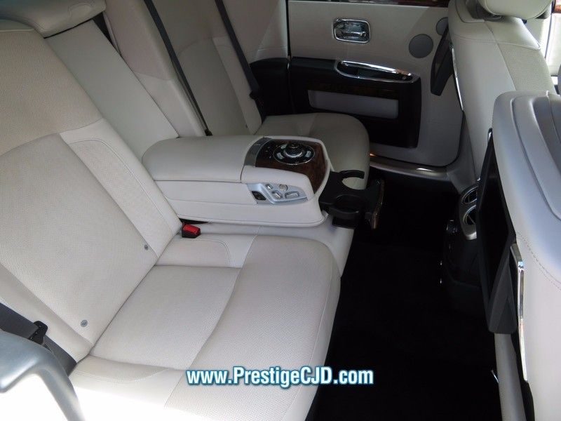 2010 Rolls-Royce Ghost 4dr Sedan - 16799986 - 13