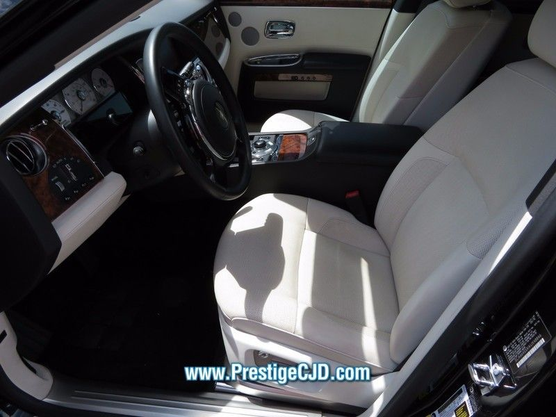 2010 Rolls-Royce Ghost 4dr Sedan - 16799986 - 4