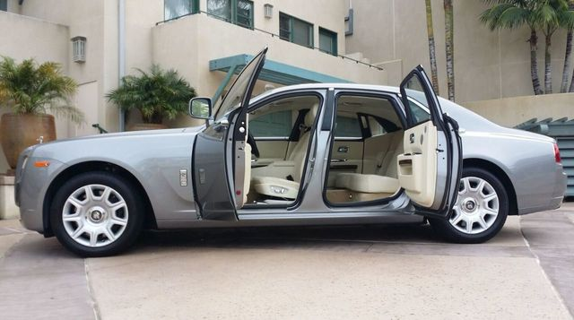 2010 Rolls-Royce Ghost 4dr Sedan - 14633125 - 29