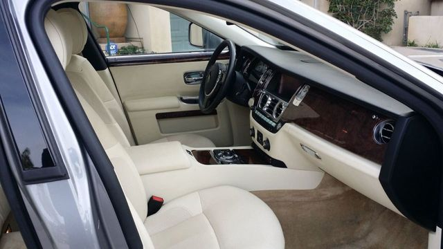 2010 Rolls-Royce Ghost 4dr Sedan - 14633125 - 37