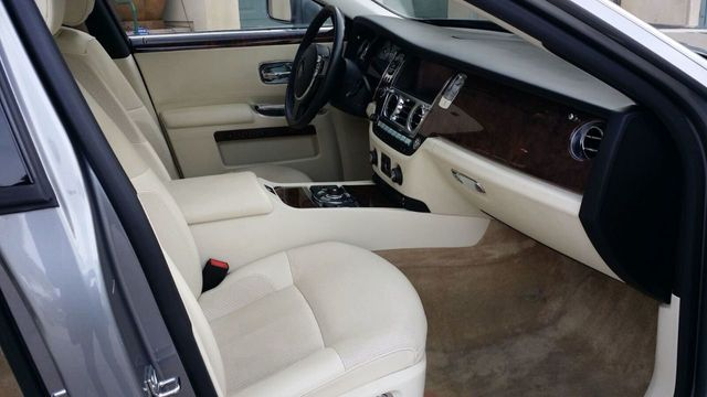 2010 Rolls-Royce Ghost 4dr Sedan - 14633125 - 43