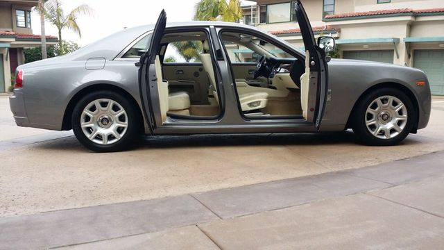2010 Rolls-Royce Ghost 4dr Sedan - 14633125 - 46