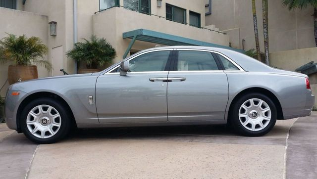 2010 Rolls-Royce Ghost 4dr Sedan - 14633125 - 4