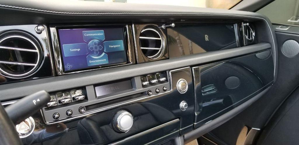 2010 Rolls-Royce Phantom Drophead Coupe  - 18183656 - 27