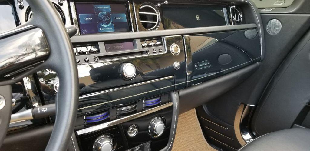 2010 Rolls-Royce Phantom Drophead Coupe  - 18183656 - 28