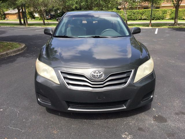2010 Toyota Camry 4dr Sedan I4 Automatic LE - Click to see full-size photo viewer